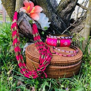 Jewelry - Boho Pink And Gold Bangles/Necklace Set